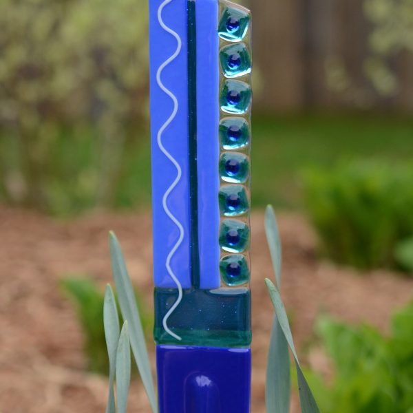 Garden yard art